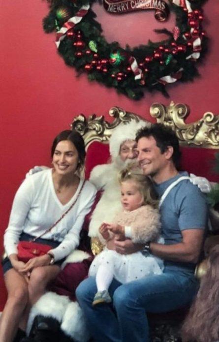 Ирина Шейк и Брэдли Купер отвели дочь к Санта-Клаусу