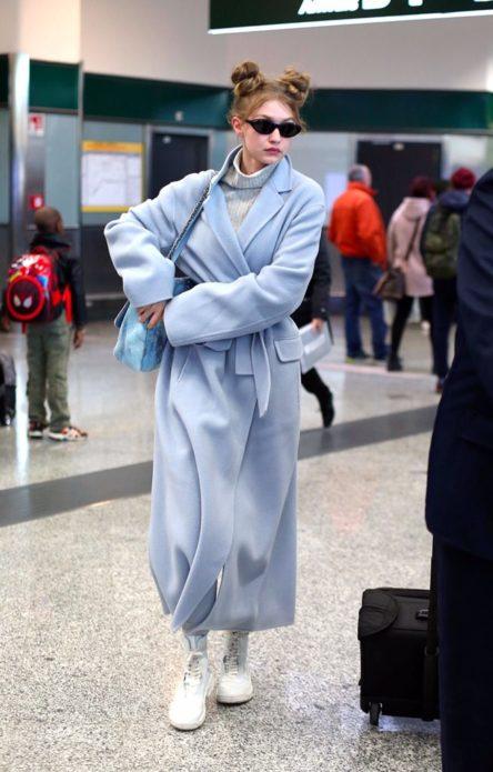 Модель Джиджи Хадид в аэропорту