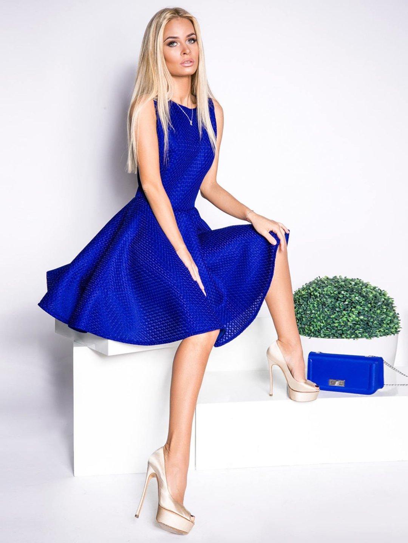 синие туфли и красное платье фото