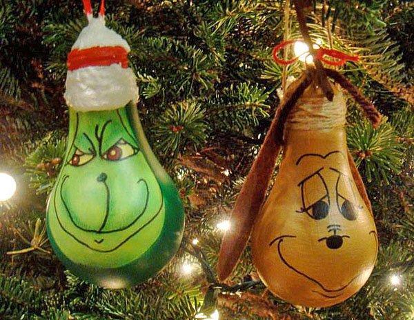 Новогодние украшения из лампочек
