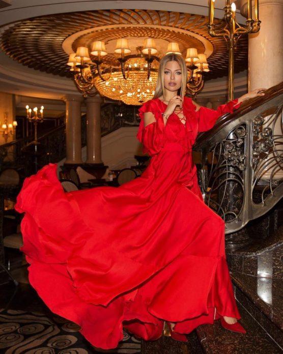 Виктория Боня занялась дизайном платье для мусульманок