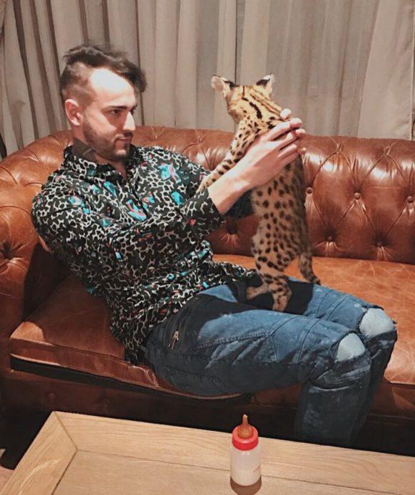 Афоня и его кот