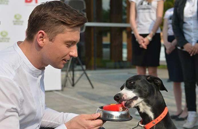 Сергей Лазарев со своей собакой