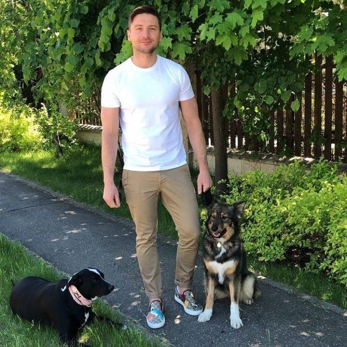 Сергей Лазарев со своими собаками