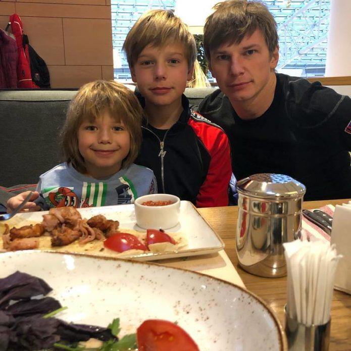 Андрей Аршавин впервые за 6 лет увиделся со своими детьми