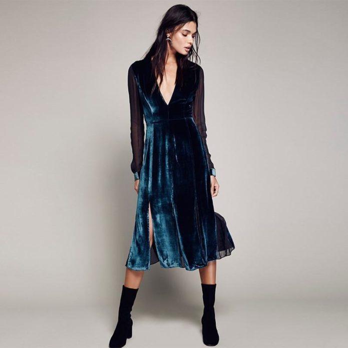 Элегантное бархатное платье