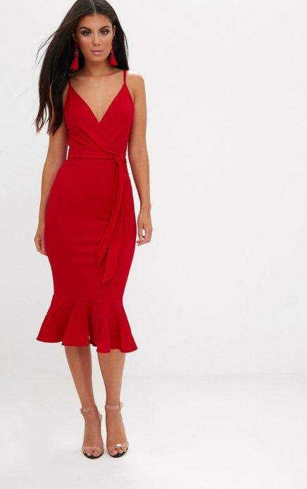 Облегающее платье миди