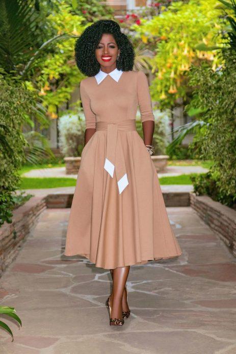 Классическое платье миди в пастельных тонах