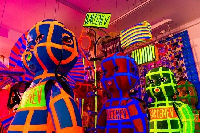 Выставка Андрея Бартенева