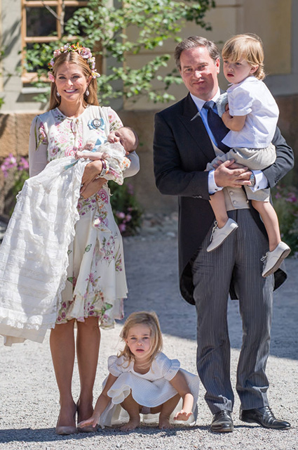 Принцесса Мадлен и Кристофер О'Нил с детьми