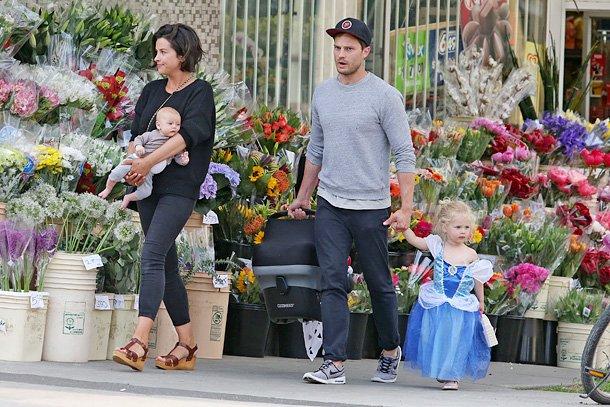 Джейми Дорнан с семьёй