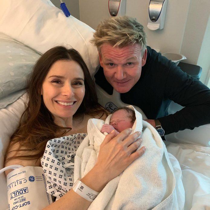 Гордон и Тана с новым членом семьи