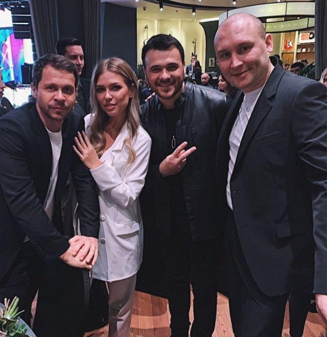 Дакота, Деревянко, Эмин и Лушников