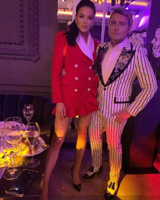 Басков вышел в свет с молодой подругой