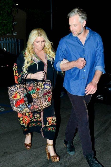 Джессика Симпсон с супругом
