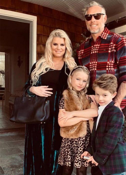 Джессика Симпсон с семьёй