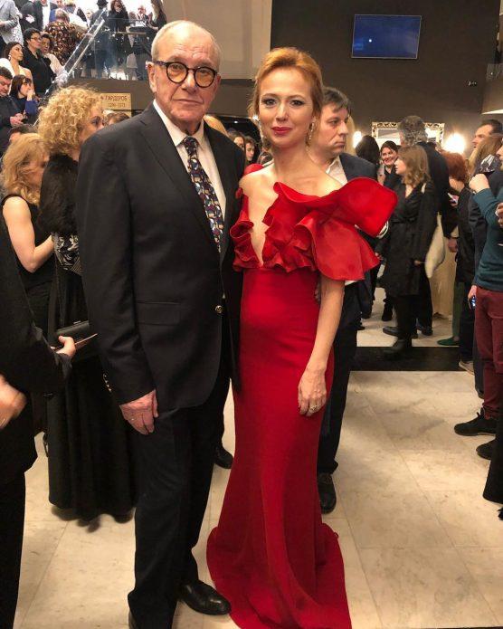 Актрису Елену Захарову заподозрили в беременности