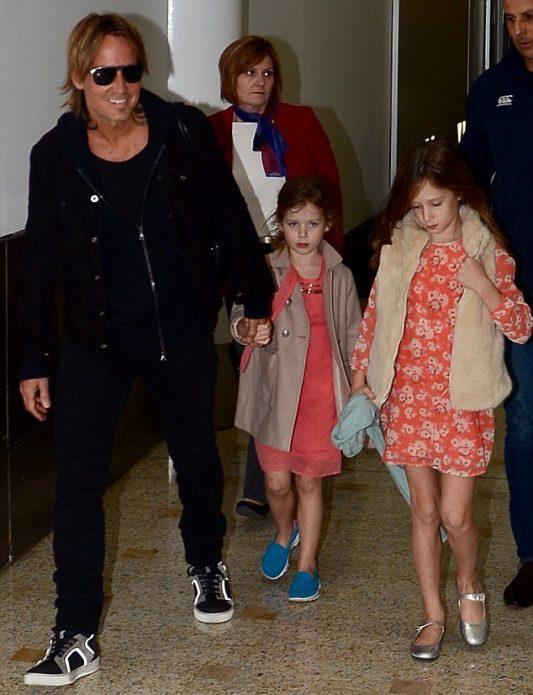 Кит Урбан с детьми