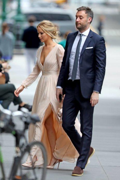 Дженнифер Лоуренс отметила помолвку