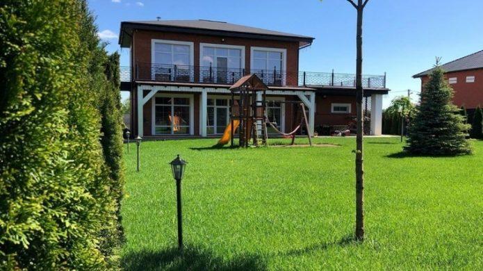 Дом Прилучного