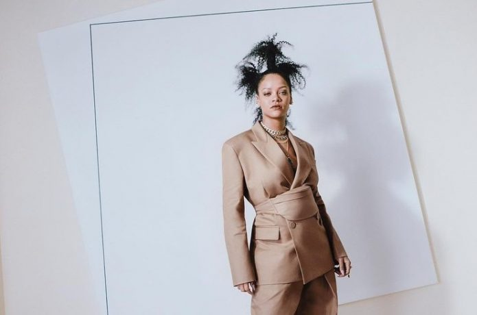 Рианна стала владелицей модного дома
