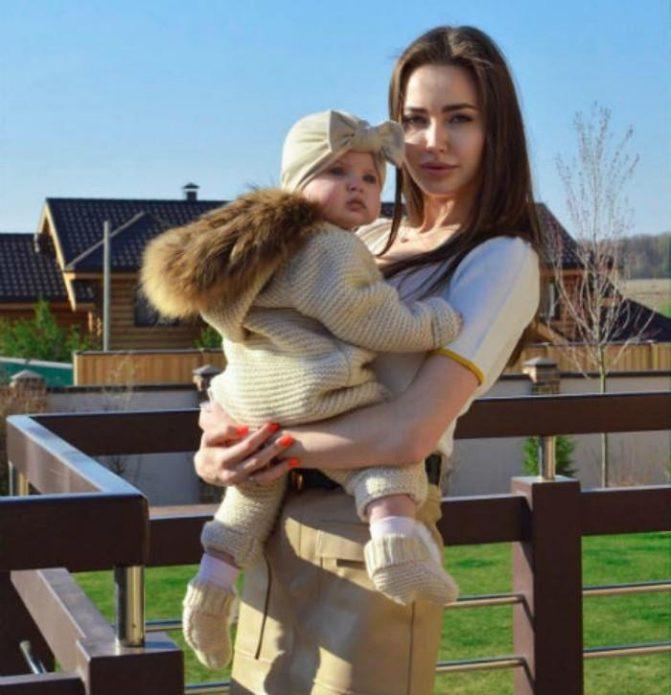 Костенко фотошоп дочери
