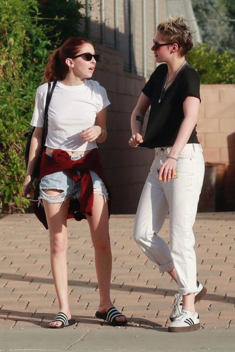 Сара Динкин и Кристен Стюарт