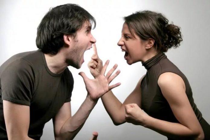 Женщина сказала мужу о разводе