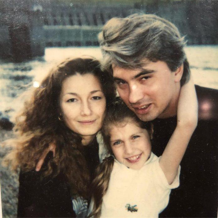 Светлана Иванова и Дмитрий Хворостовский с дочкой Машей