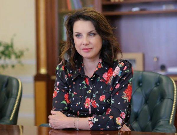Ирина Слуцкая станет многодетной матерью