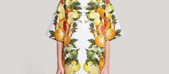 Платье с фруктовым принтом