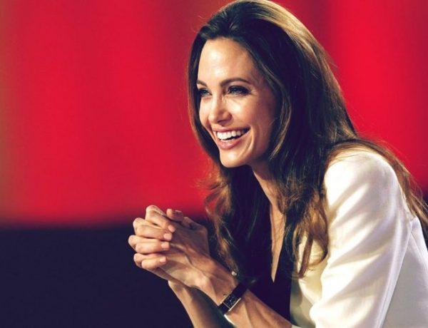 Анджелина Джоли закрутила роман с телохранителем?