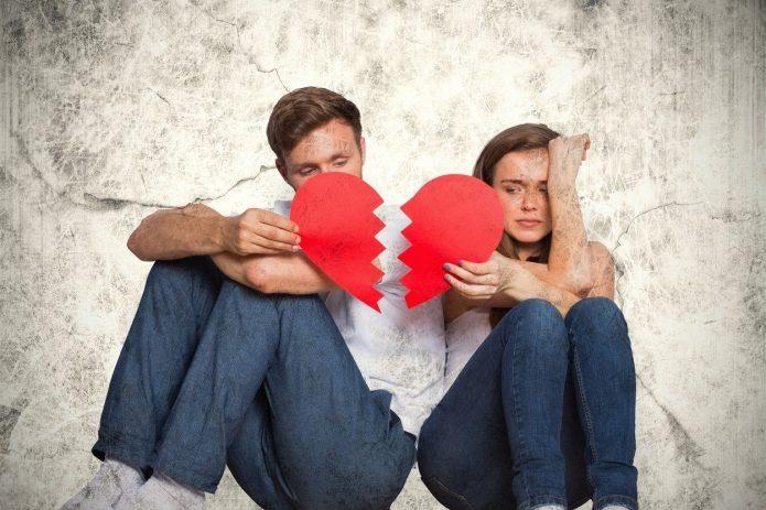 девушка и парень, разбитое сердце