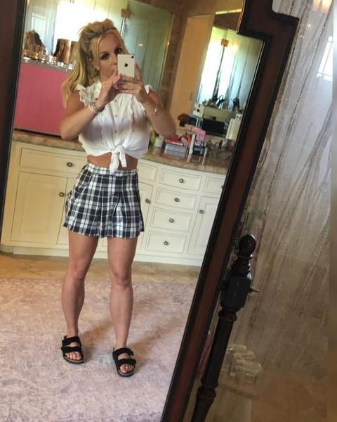 Бритни Спирс фотошоп
