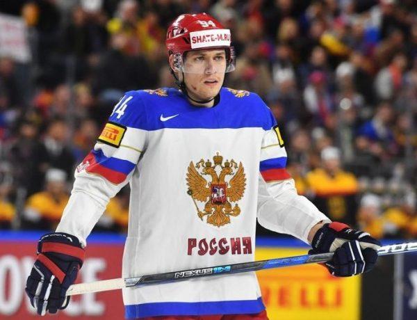 Андрей Миронов хоккеист