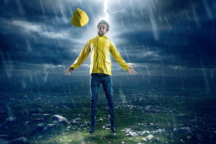 Человек, которого поражает молния