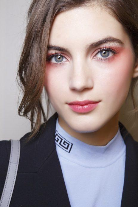 Моноцветный макияж