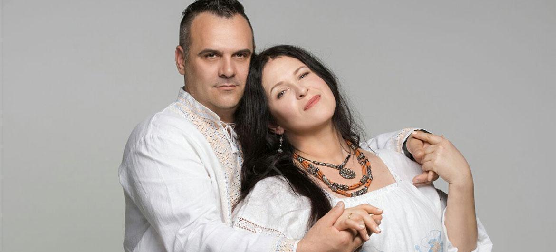 Любовь по интернету: звездные пары, которые познакомились онлайн