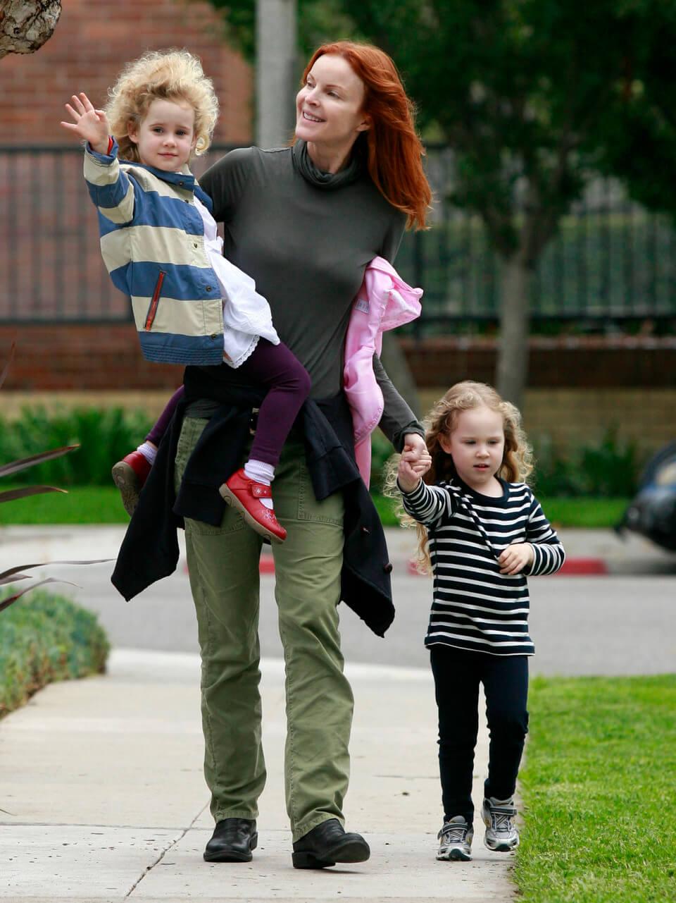 10 звездных женщин, которые стали мамами с помощью ЭКО