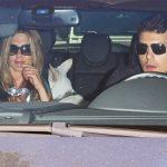 Майер и Энистон в машине