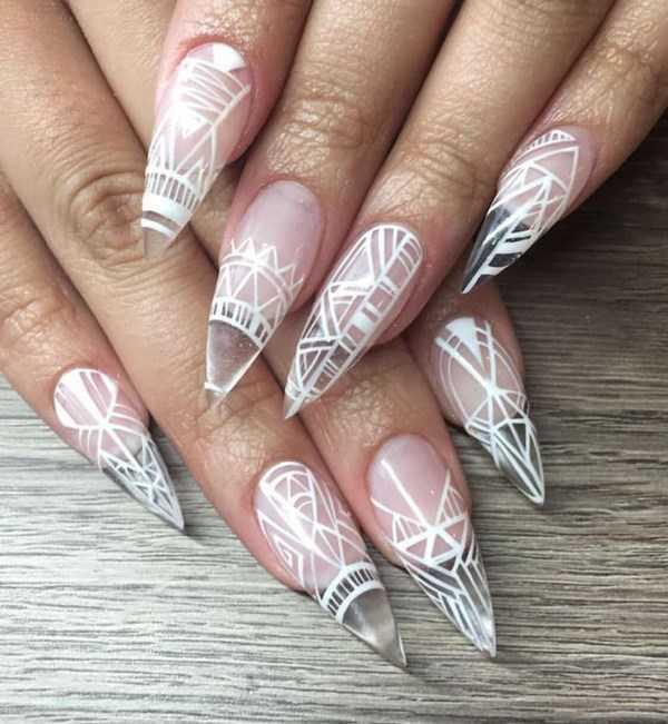 сложный узор на длиных ногтях