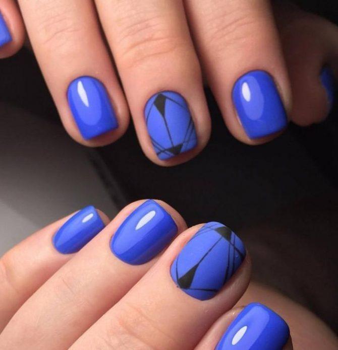 черные тонкие линии на синем фоне