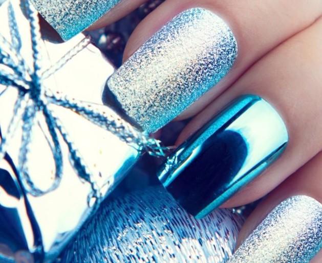 зеркальное голубое серебро