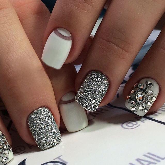 блеск серого серебра с белым