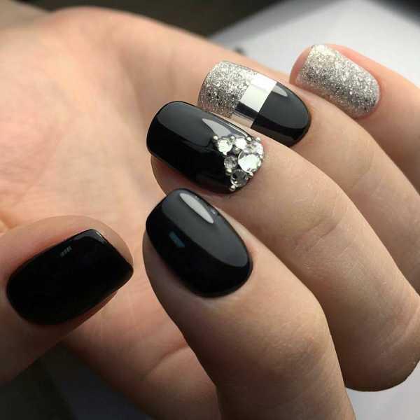 белое серебро и черный лак