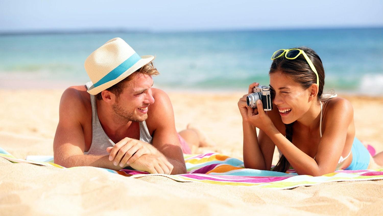 Картинки мужчина и женщина на отдыхе
