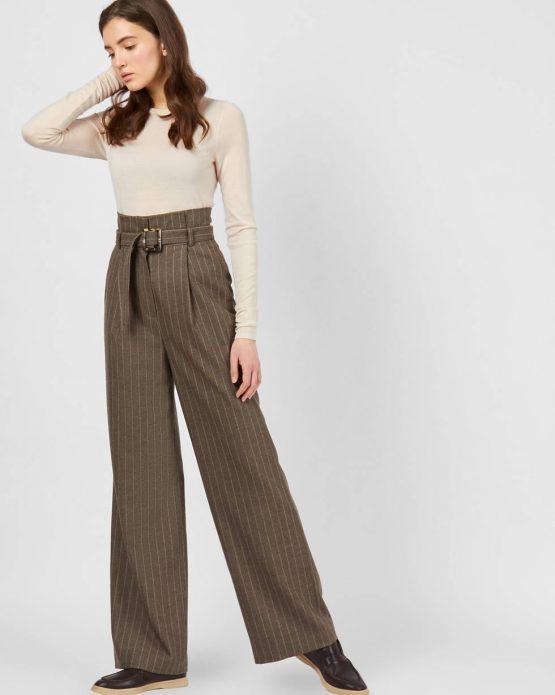 Прямые широкие брюки