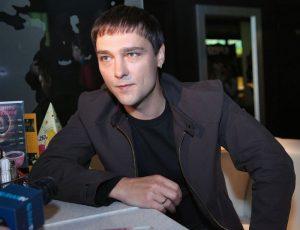 Шатунову запретил исполнять песни «Ласкового мая»