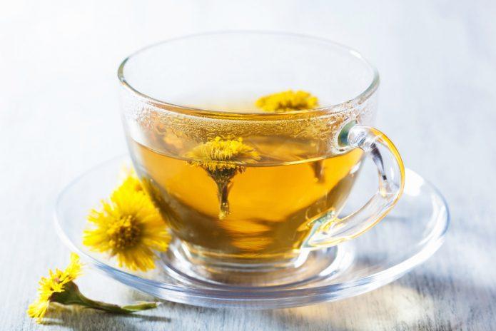 Чай с мать-и-мачехой