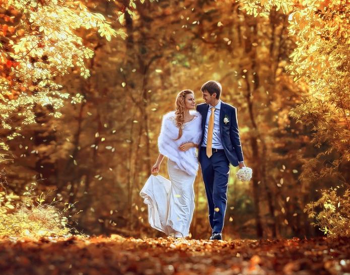 жених и невеста, красивая осень